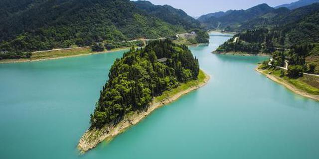 重庆今夏推出200项主题活动