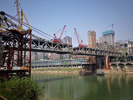 曾家岩嘉陵江大桥预计本月合龙 龙头寺十分钟到南岸