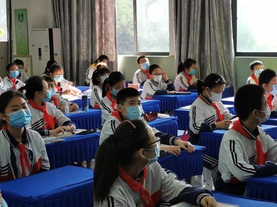 重庆小学生开学啦! 看学校如何保障学生安全复课