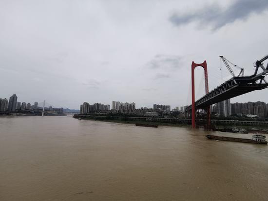 红岩村大桥即将合龙 重庆市民出行将更方便快捷(图)