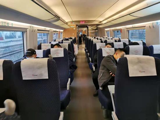 打探今年春运火车运营情况 防疫措施加强客流量减小