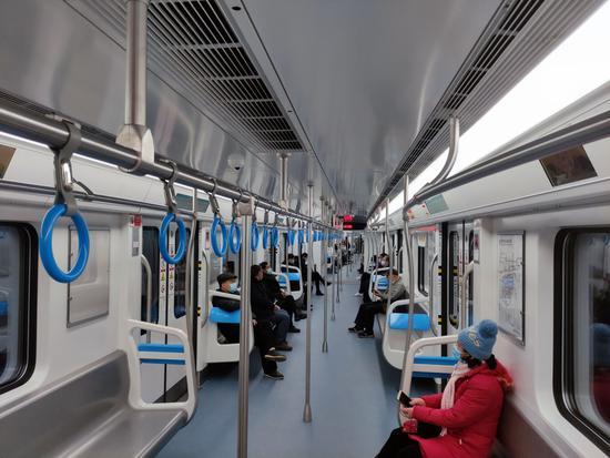 重庆5号线石桥铺-跳磴开通 小编带你现场打探