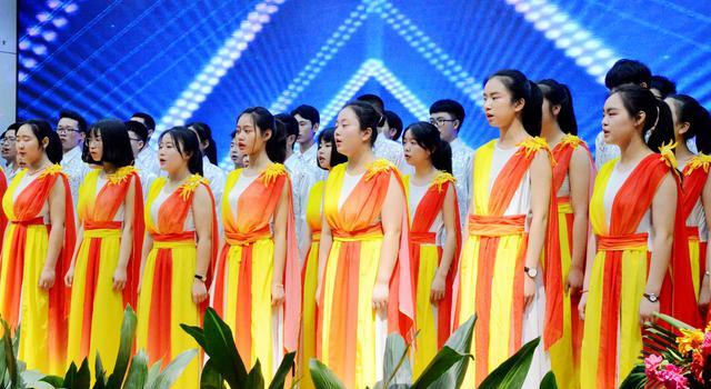 江北中学开启生命教育展示周活动