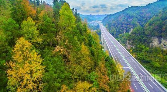 年底建成通车 重庆至湖北高速公路再添重要通道