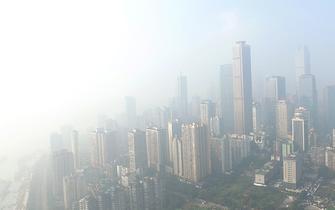重庆大雾弥漫 全城如仙境蓬莱