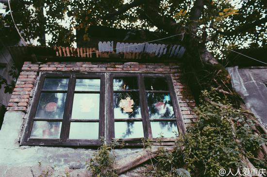 重庆·映象:弹子石大佛段老街