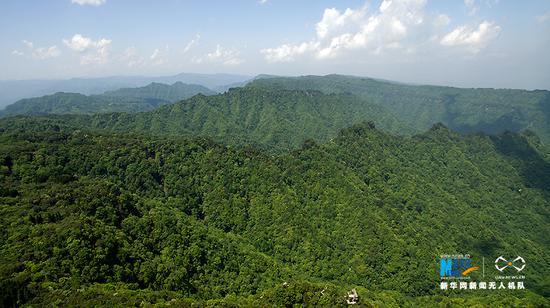 航拍重庆大风堡 群峦起伏满眼皆绿