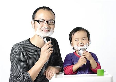 李国清和儿子豆豆 本组图片除署名外由受访者供图
