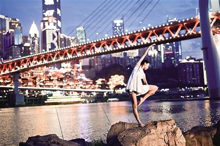 千厮门大桥,吴祉静。受访者供图