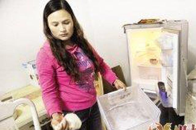 """两女孩报警称家里进""""贼"""" 结果是塑料盖惹的祸"""