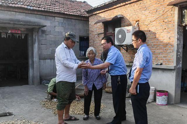 重庆规范临时救助标准 困难者最高可获5万元救助