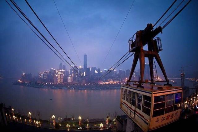 重庆长江索道迎来30岁生日 满满的回亿