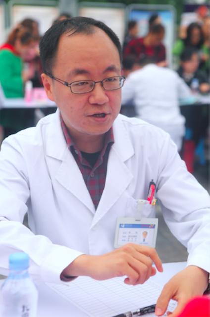 (临床营养科主任、教授杨剑)