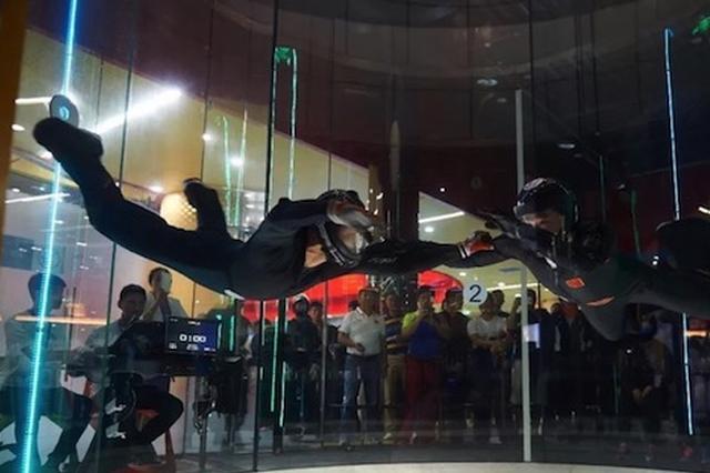 全国室内跳伞大赛24日重庆举行 老人小孩也可参赛