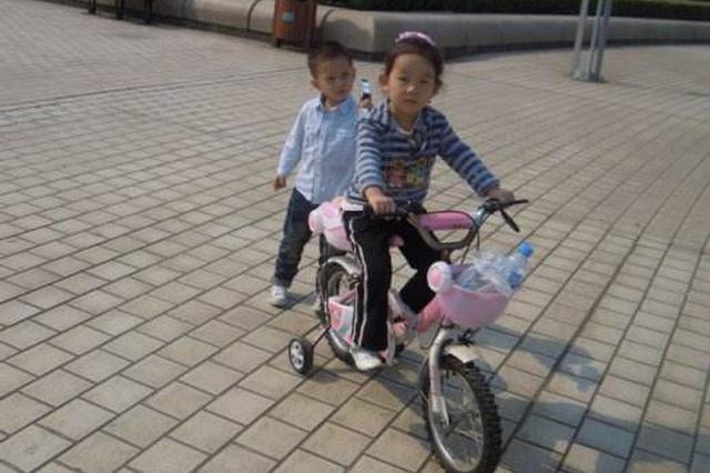 重庆7岁幼童广场骑车撞伤老人 法院判赔4万多