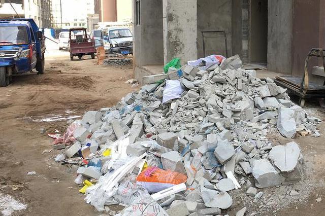 大足一家具厂倾倒危险废物将被追究刑责