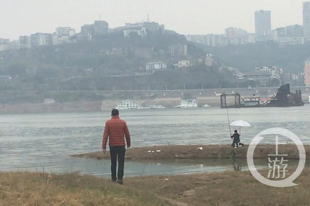 男子非法捕鱼1公斤被查获 每天江边巡逻20公里还债