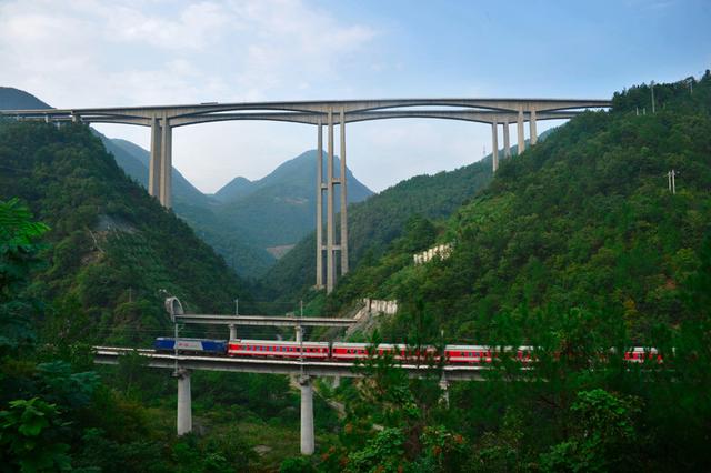 清明小长假期间 重庆将加开到成都厦门等地列车