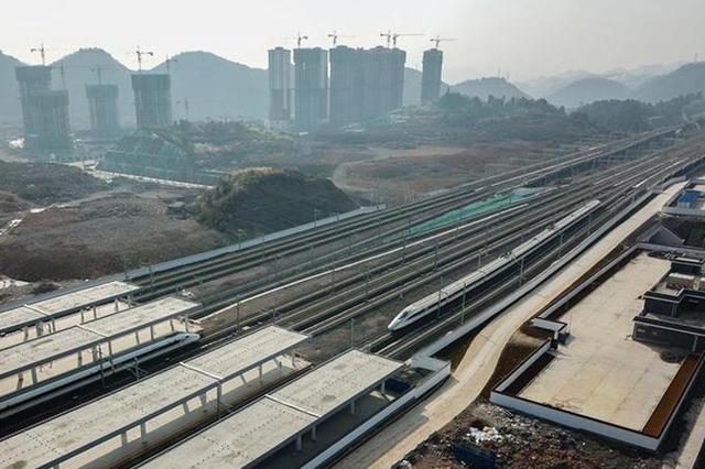 兰渝铁路因雨封锁 重庆3趟列车将晚点运行
