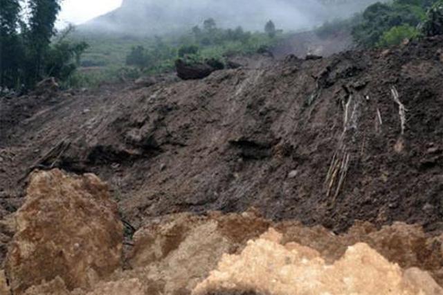 重庆武隆区石桥乡发生地质滑坡 致5人死亡