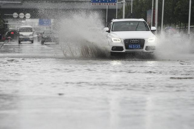 注意!重庆今明两天将有暴雨 同时伴有雷电大风冰雹