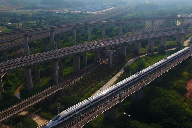 重庆西站将增开往济南、昆明、北海方向动车