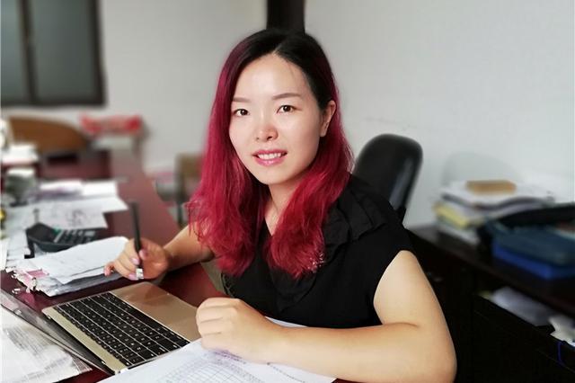 重庆医学女硕士接班钢筋厂:既然玩跨界 想玩得最好