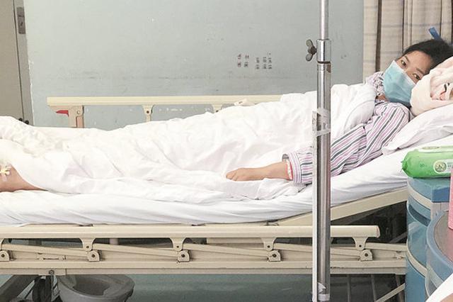 25岁女护士患慢性肾衰竭 妈妈捐肾救女儿