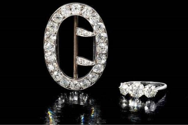 重庆初中生捡到价值700万元珠宝 选择完璧归赵