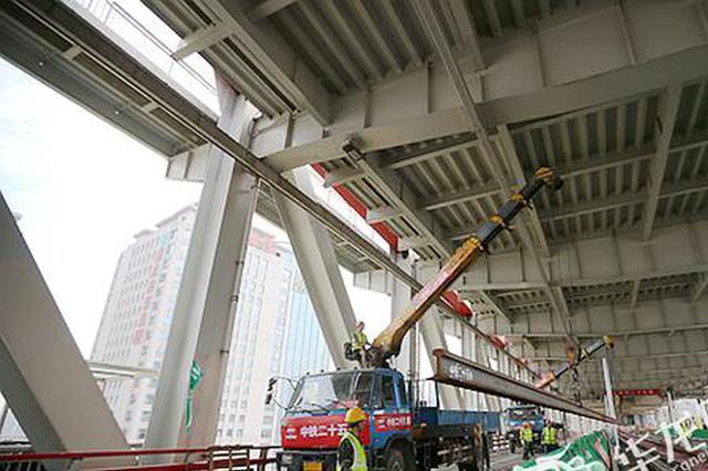 重庆轨道环线建设再进一步 朝天门长江大桥实现短轨通