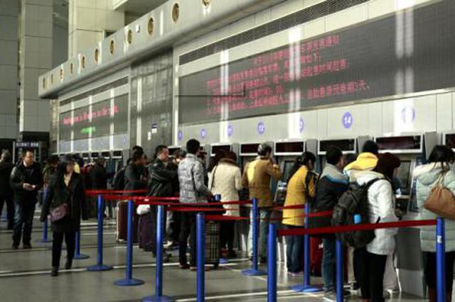 川渝黔各火车站迎学生返校高峰 学生客要注意这些