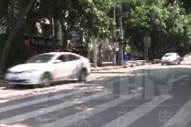 重庆西站施工道路调整红绿灯关停 居民出行不便