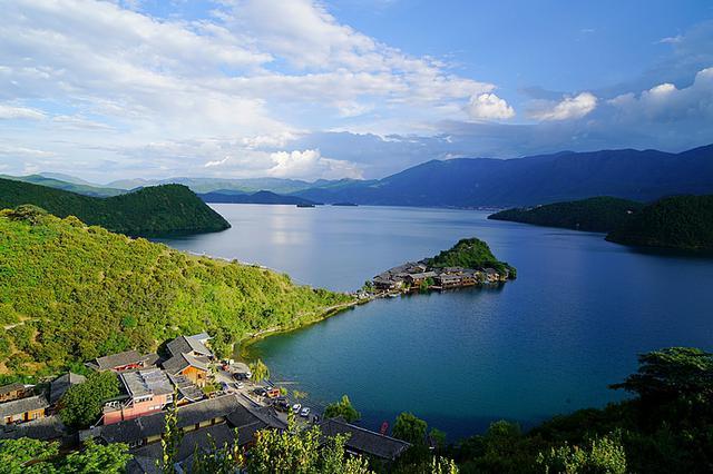 重庆本月将开通泸沽湖、日喀则等多个国内新航点