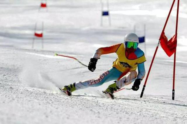 """重庆首届室内滑雪公开赛助力""""火炉""""重庆冰雪运动"""