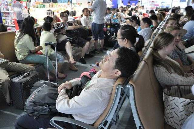 2019年春运重庆机场预计起降航班3.6万架次