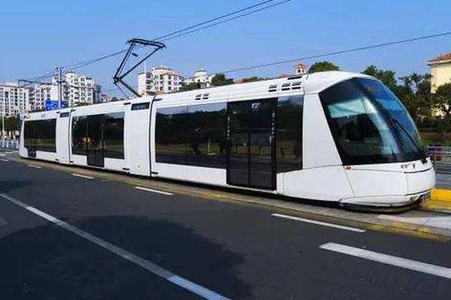 今年重庆力争开工3条高铁 将探索开行有轨电车