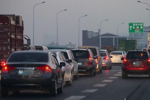 五一节重庆高速预计日均车流量141万辆次 这些地方最拥堵