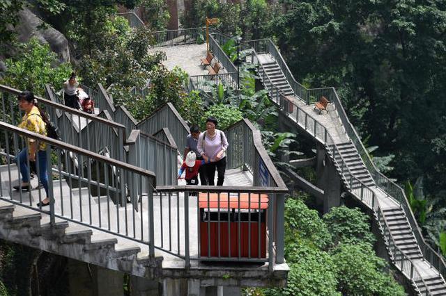 如何缓解城市拥堵? 8D重庆交通这样升级