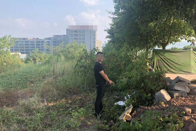 重庆一男子监守自盗10部手机 民警顺藤摸瓜将其抓获