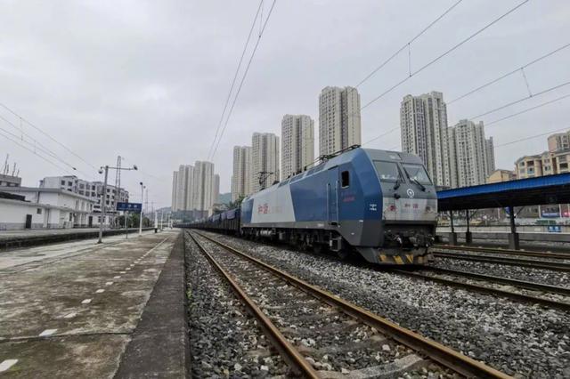 坐火车观江景!成渝铁路重庆站至江津段计划年内开工