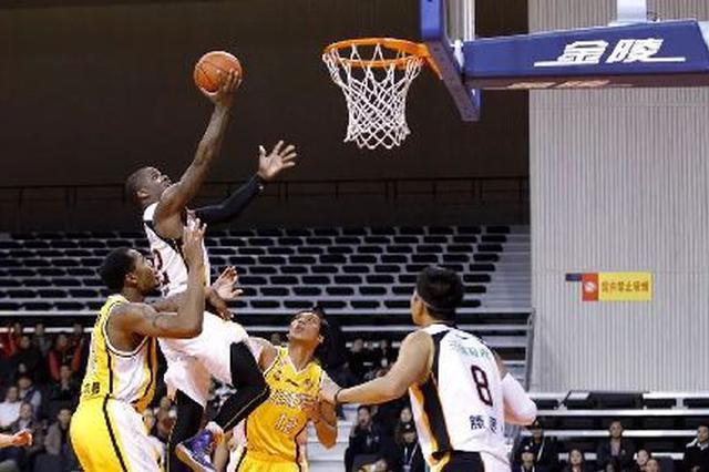 20年过去重庆再迎顶级篮球赛 冠军球队渝城相会