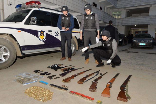 重庆警方破获一起非法制造枪支案件 抓获9名嫌犯