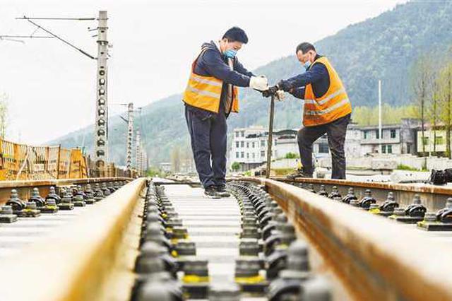 渝怀铁路二线酉阳段建设有序推进 预计今年底通车