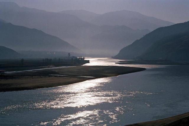 川渝水利部门签署备忘录 共担保护长江母亲河重任