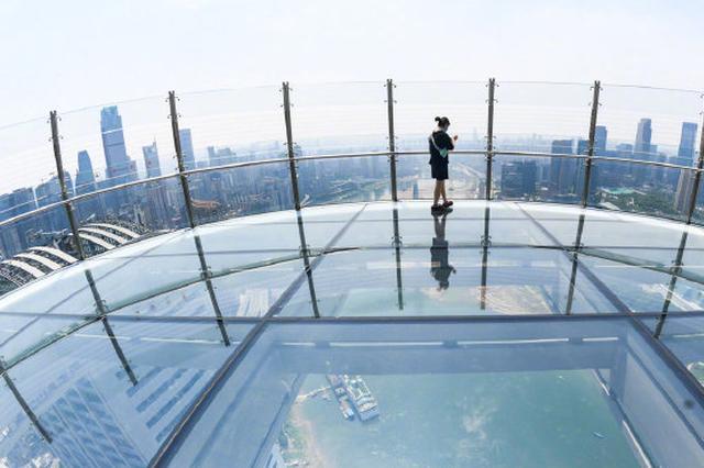 你敢挑战吗?重庆250米高的透明玻璃观景台月底开放