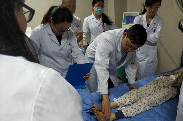 男子消化道大出血紧急送医 竟是因没在意这个常见病