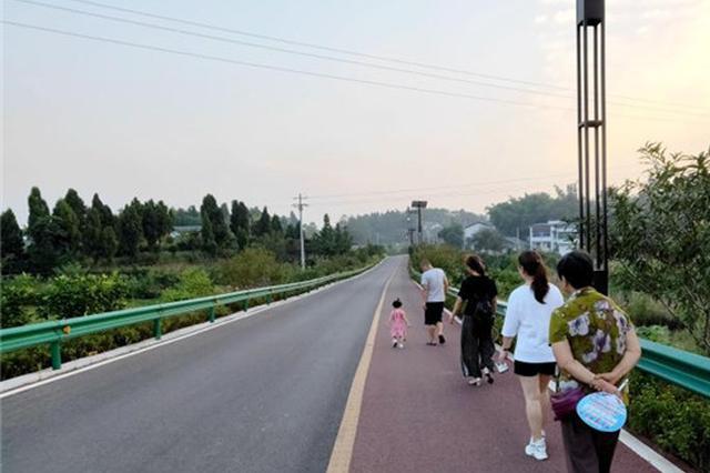 重庆铜梁西郊绿道绕山环湖 串起老百姓的幸福时光