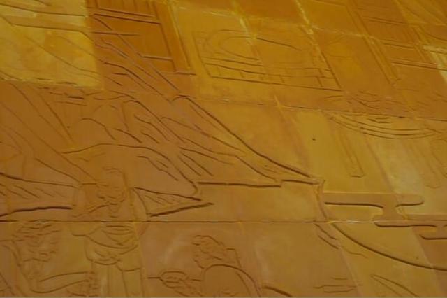 3吨火锅底料墙亮相重庆火锅美食文化节