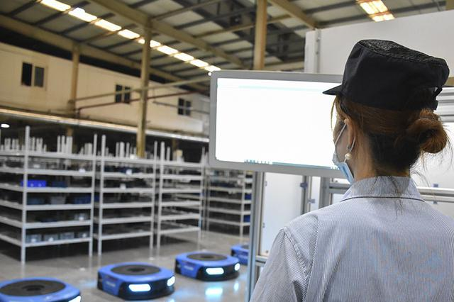 带你打探5G智能车间 无人驾驶货车已应用于物流运输