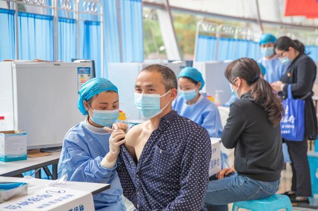 重慶啟用大型新冠疫苗臨時集中接種點